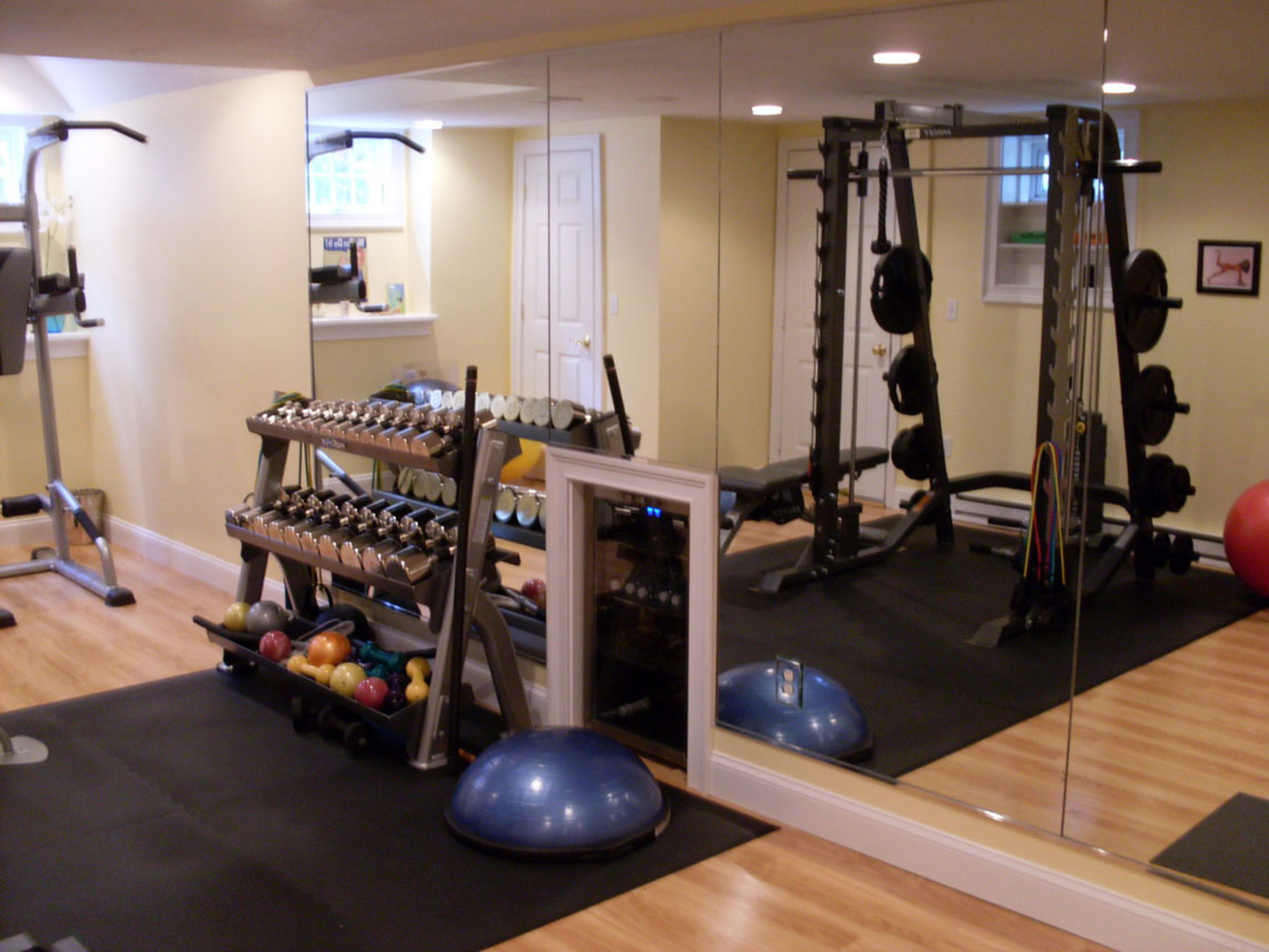 bat garage gym - Home Gym Design Ideas
